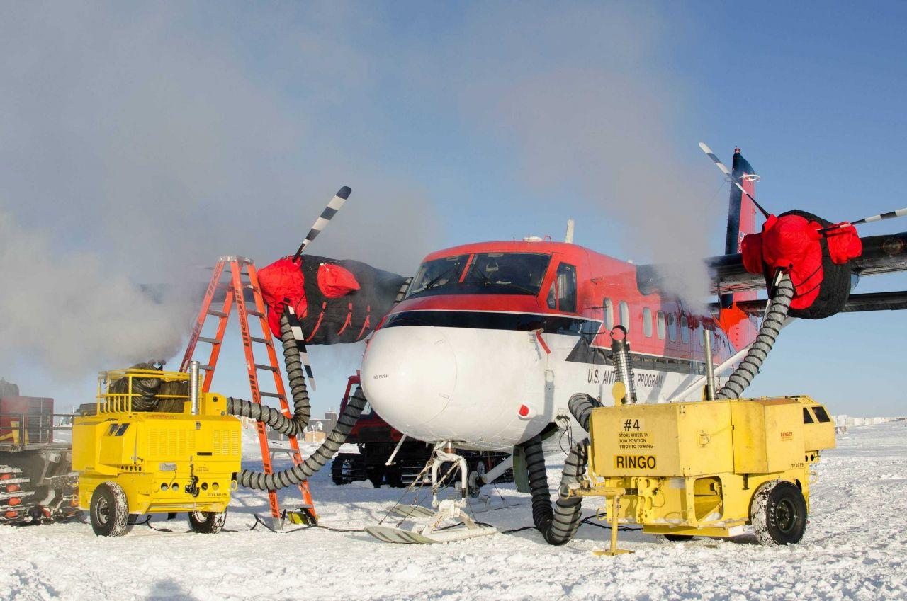 Keeping engines and interior of aircraft warm. Photo