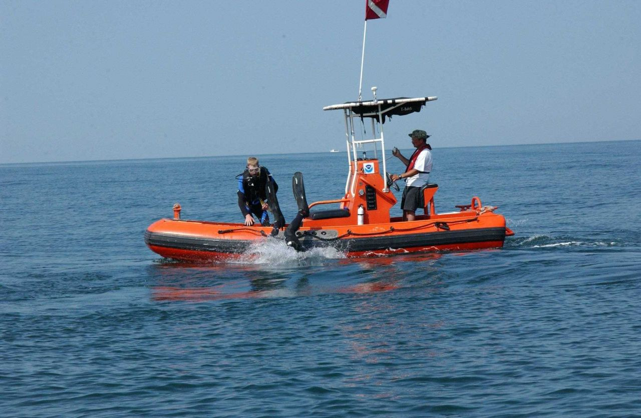 Dive operations Photo