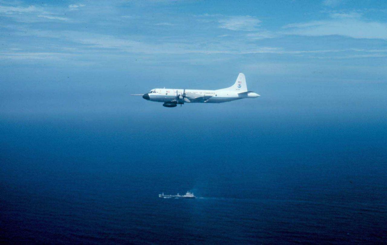 NOAA P-3 N43RF in flight Photo