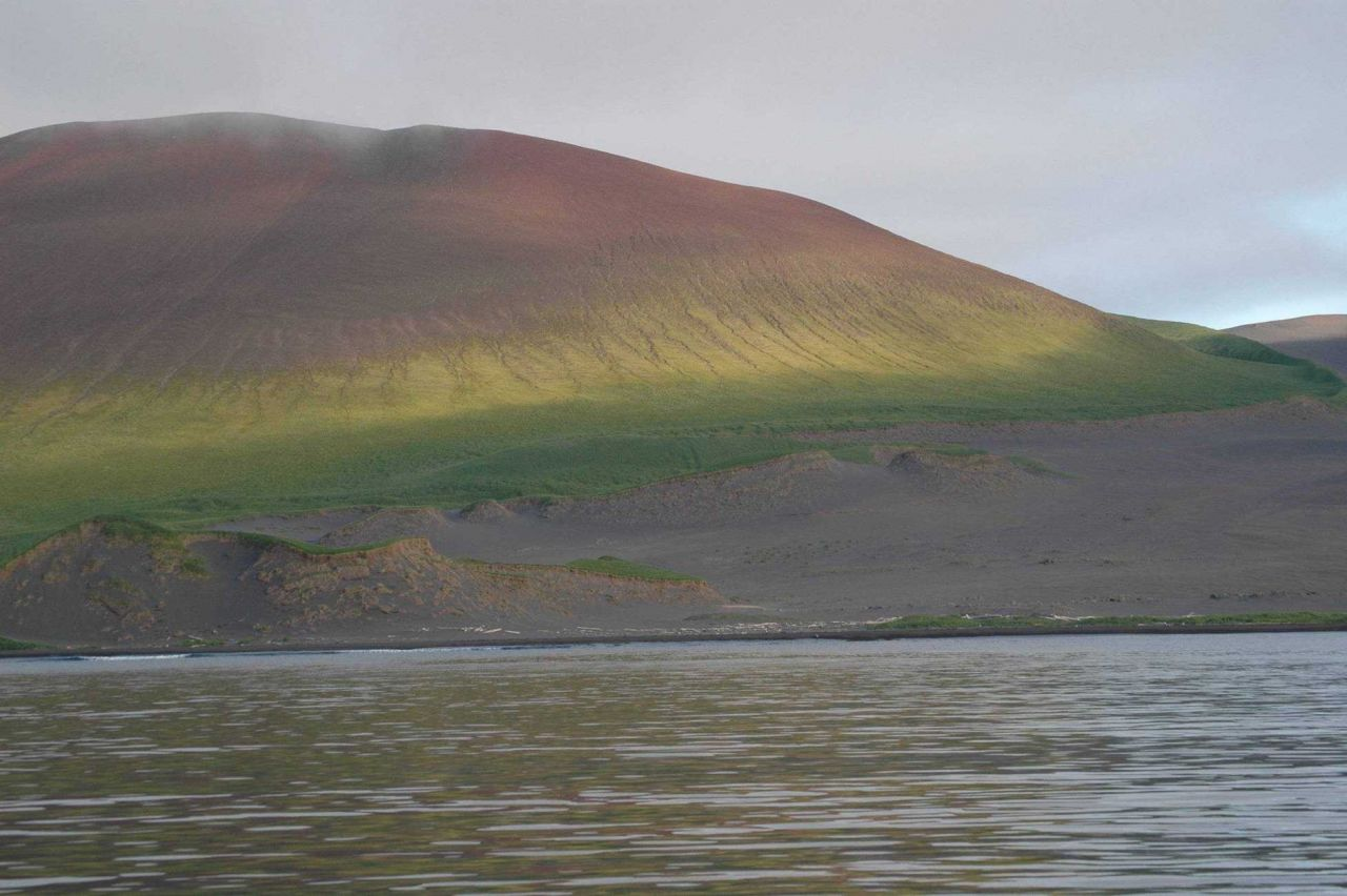 A dome-shaped hill east of Mount Cleveland at Applegate Cove Photo