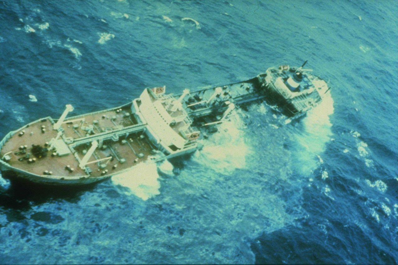 Argo Merchant oil spill Photo