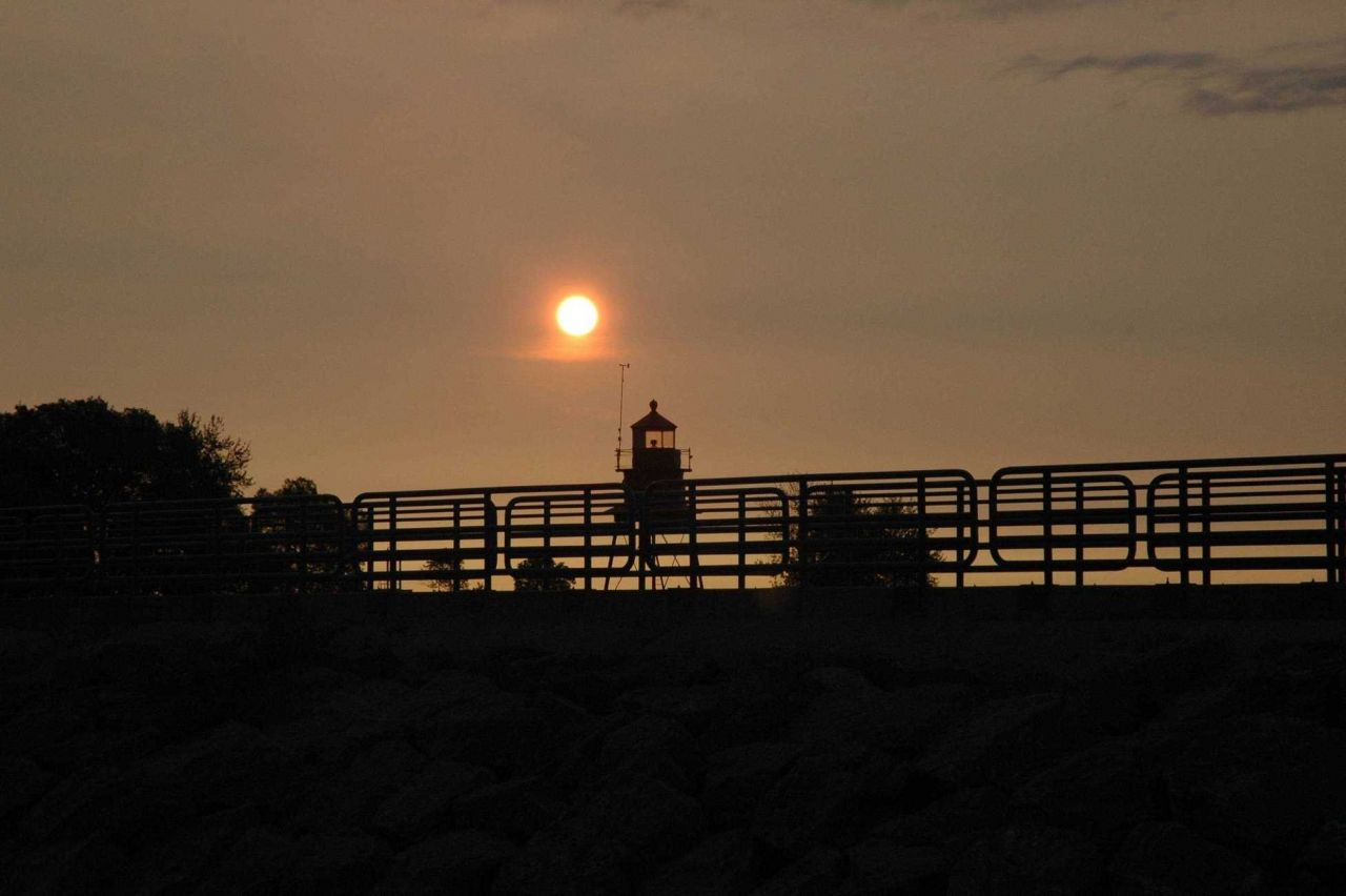 Breakwater light similar to that at Alpena. Photo