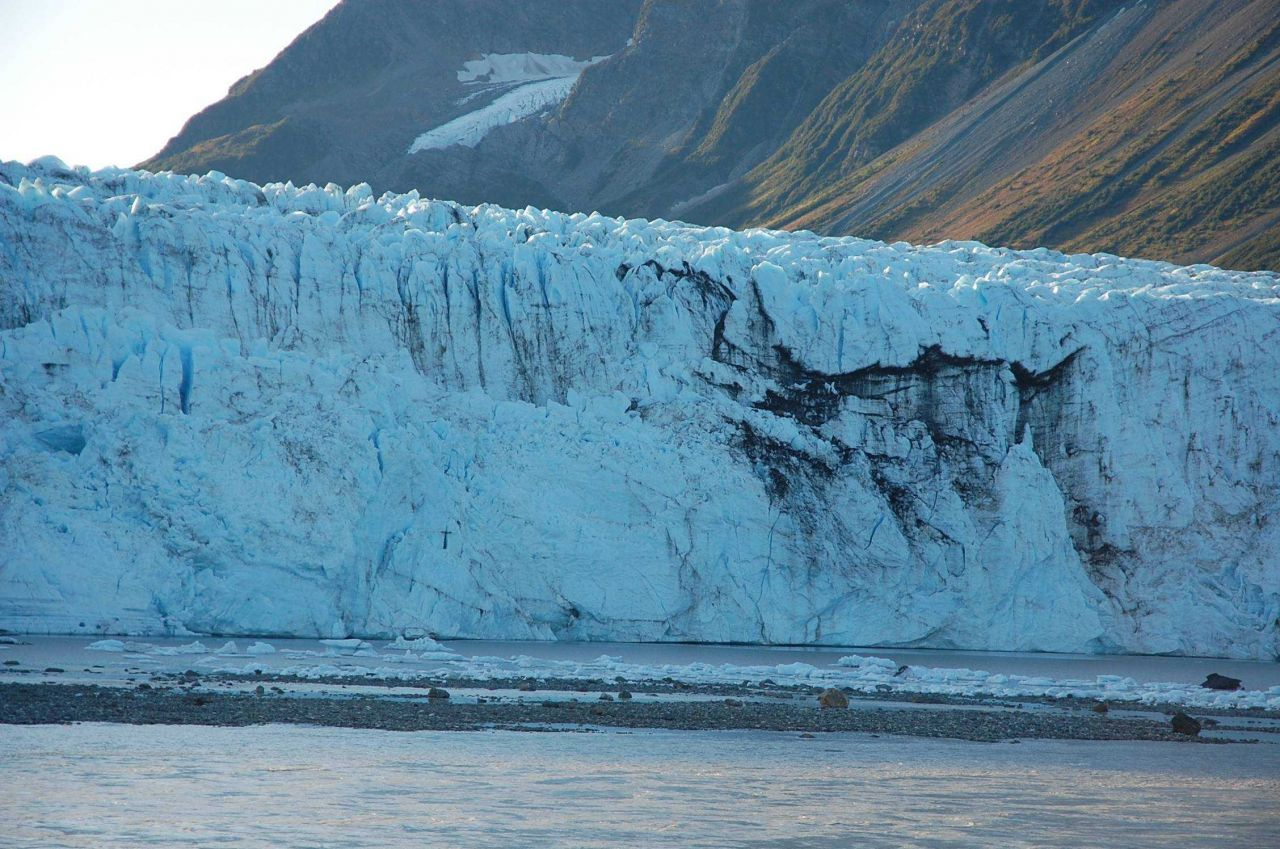 Childs Glacier. Photo
