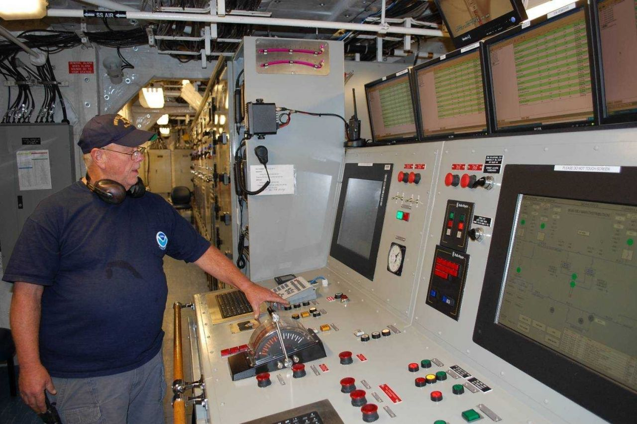 The engine room control panel of the NOAA Ship PISCES. Photo