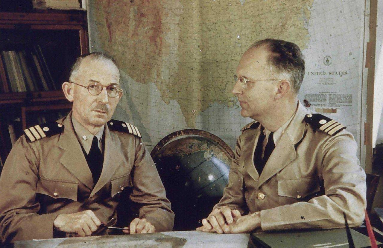 Commander Frank Borden and Lieutenant Commander Paul A Photo