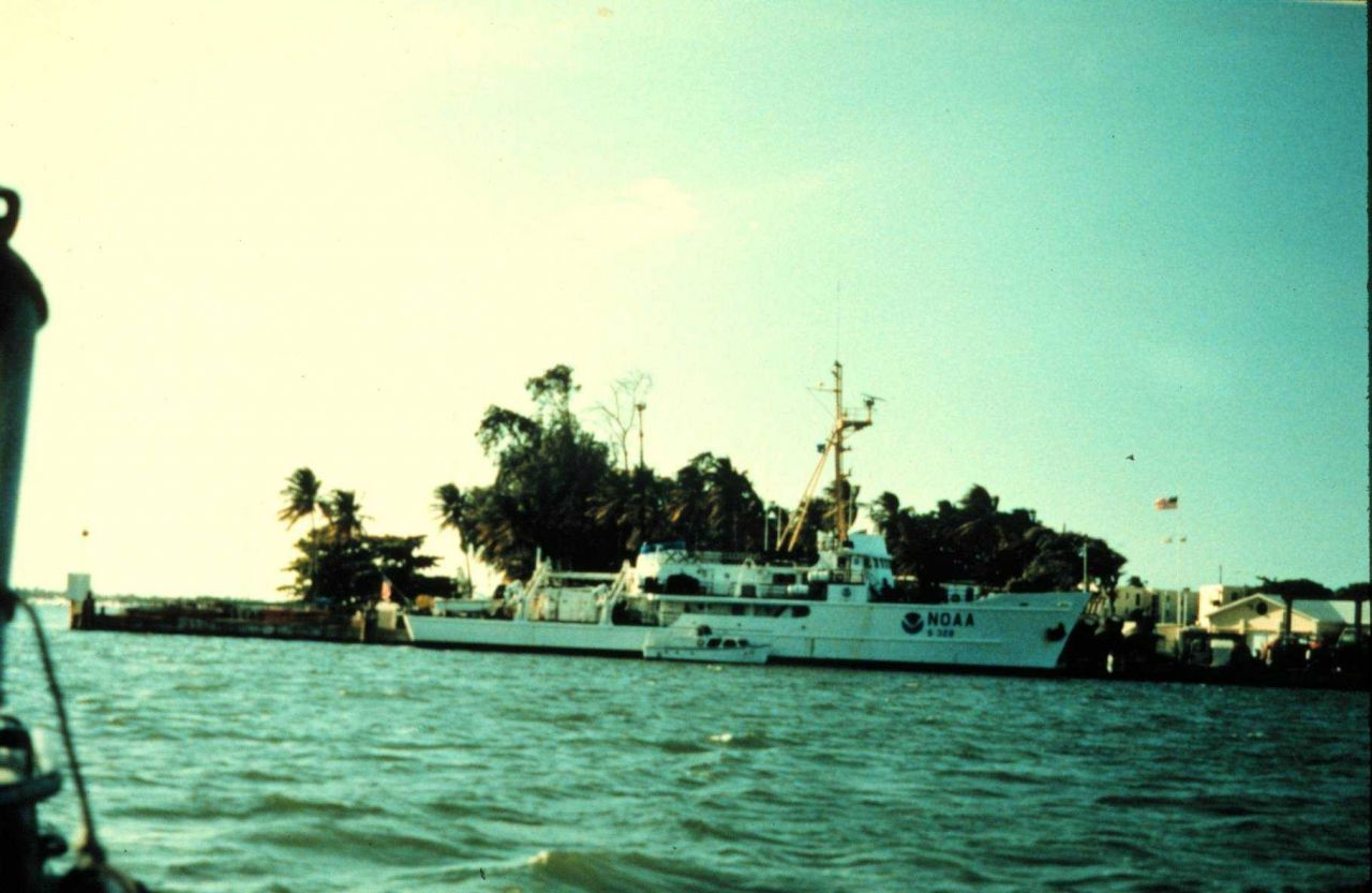 NOAA Ship PEIRCE. Photo