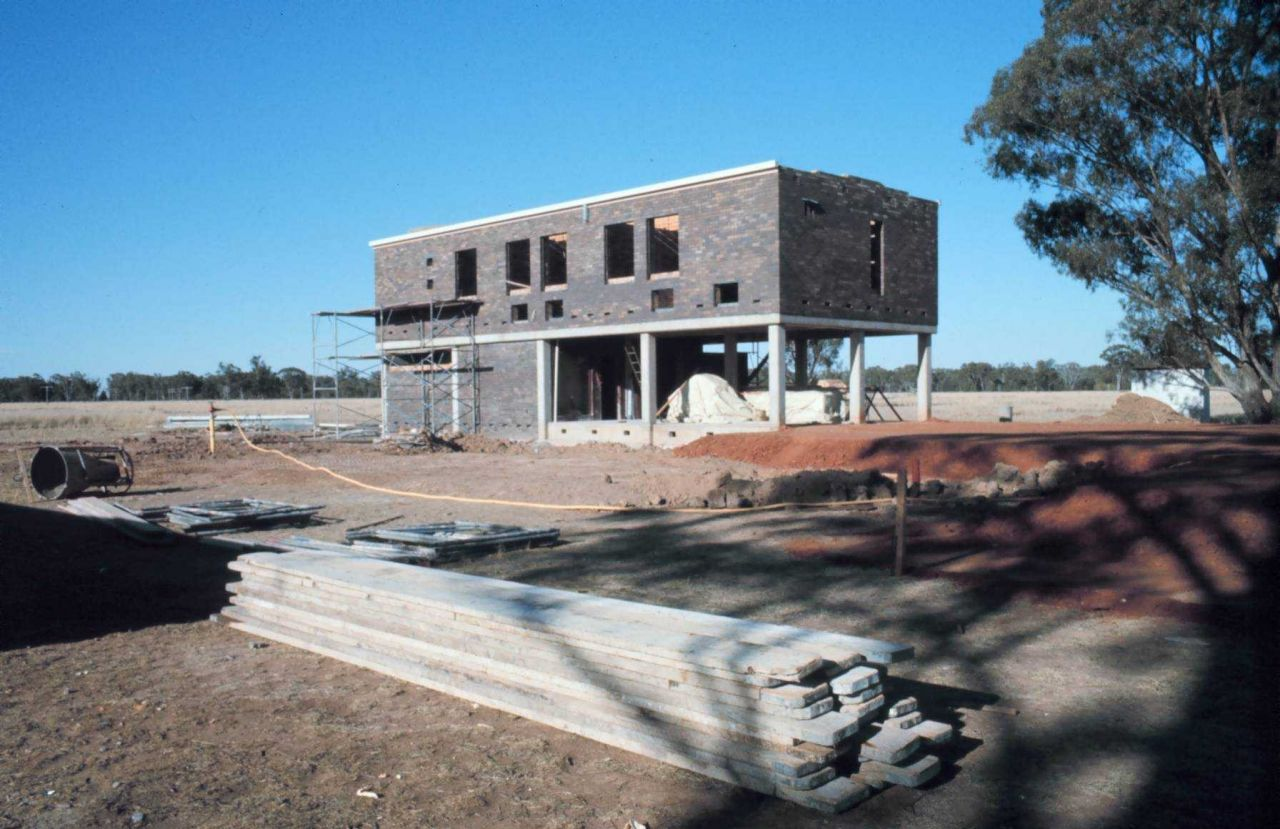 Construction of the new Ionospheric Service Solar Observatory at Culgoora. Photo