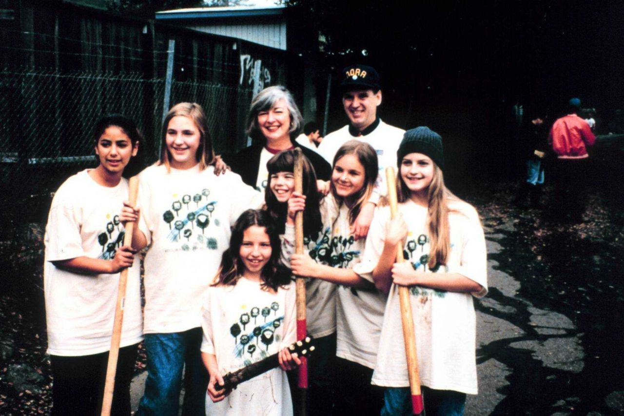 A group of student volunteers with Congresswoman Lynn Woolsey, a supporter of the restoration at Adobe Creek. Photo