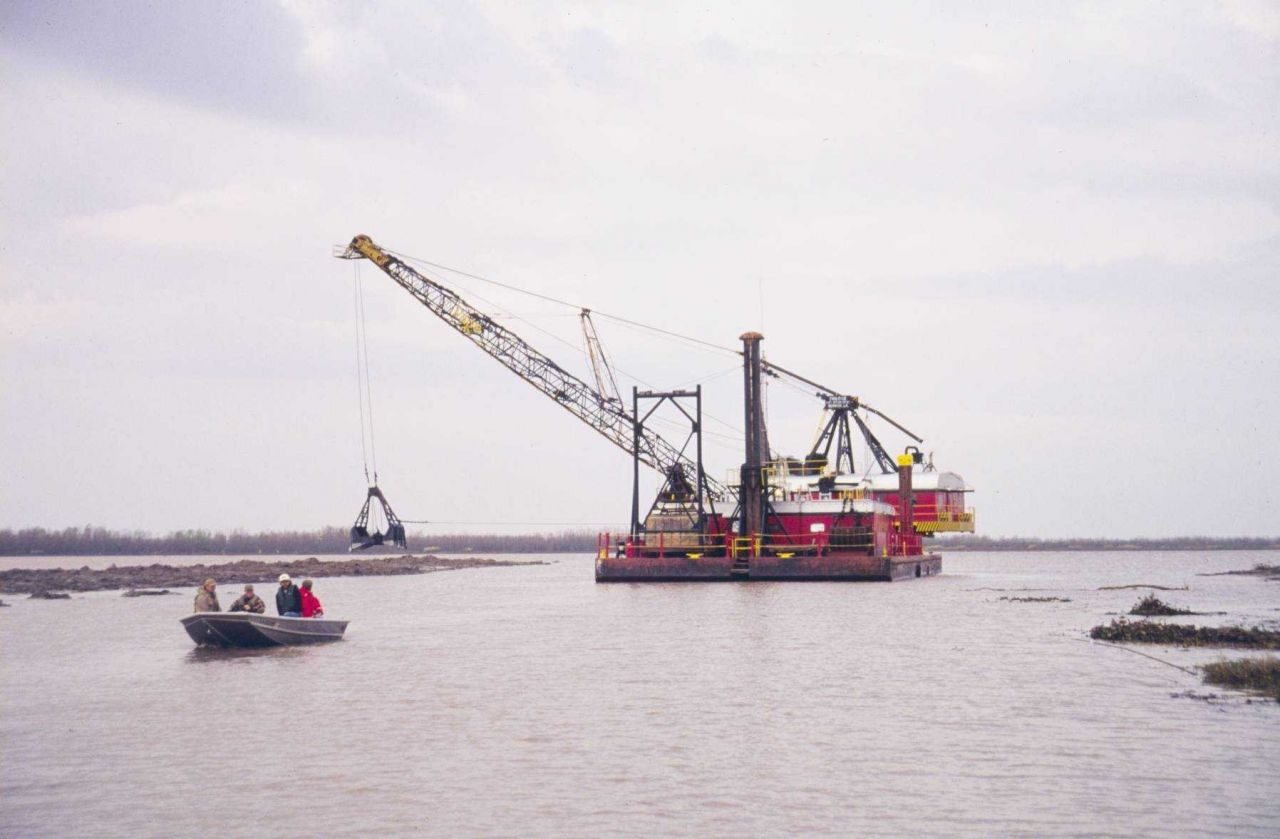 The bucket dredge at Natal Channel. Photo