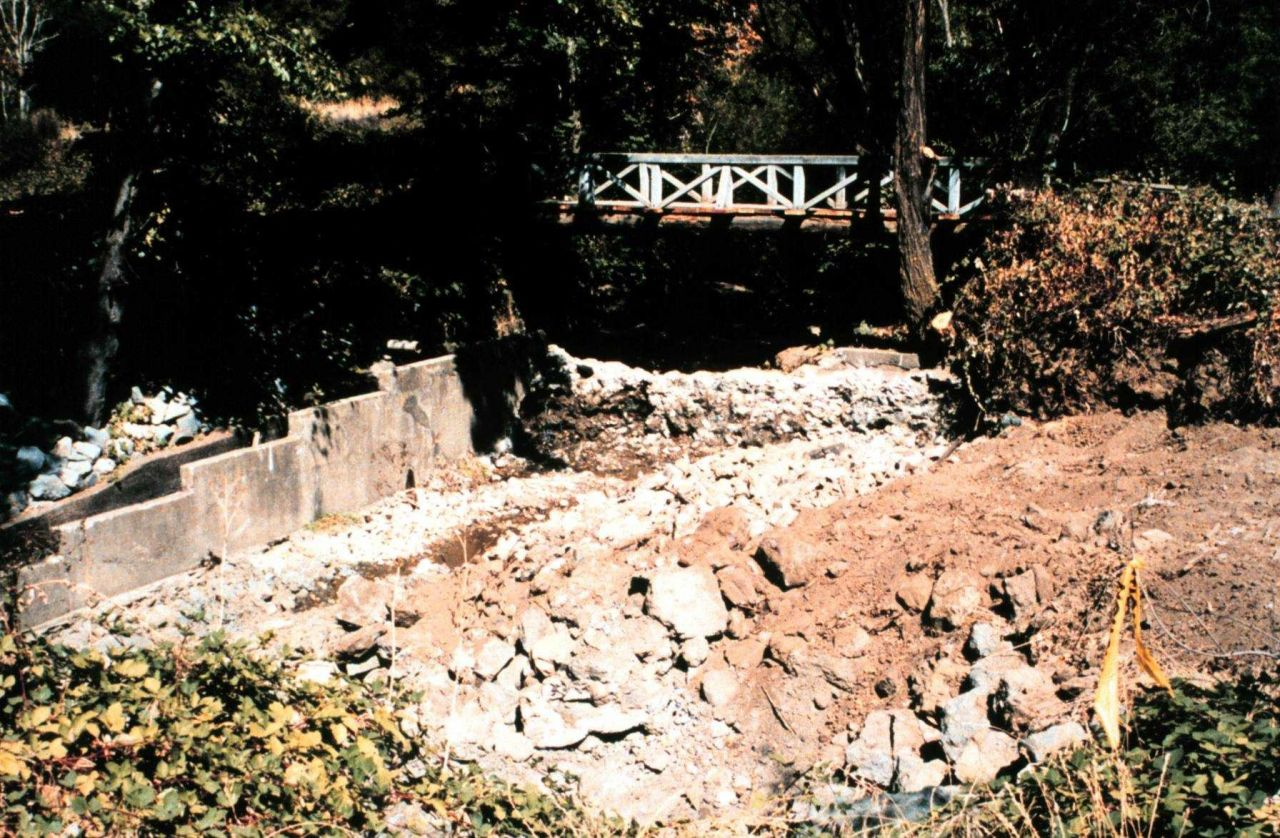 At mid-construction, the main pools are already created but the streambank stabilization has not yet begun. Photo
