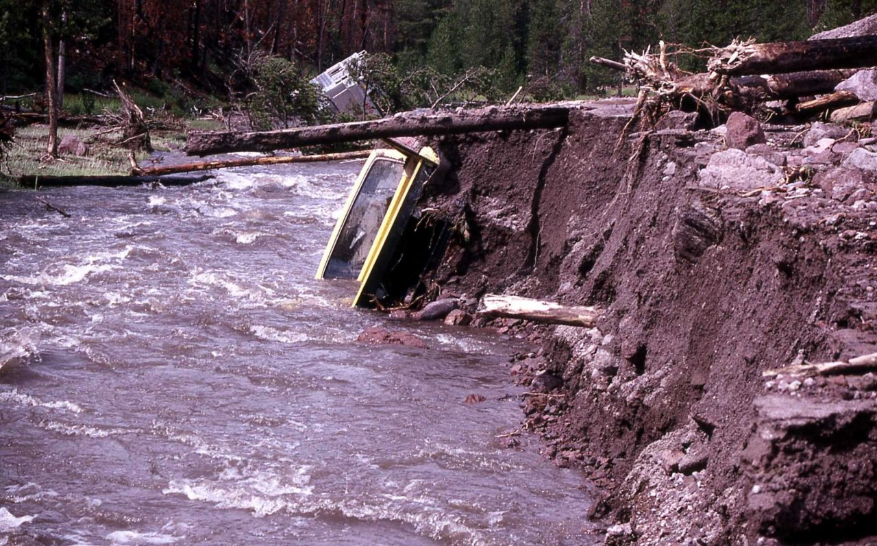 Vehicle caught in mudslide in Gibbon Canyon - Erosion/Geology Photo