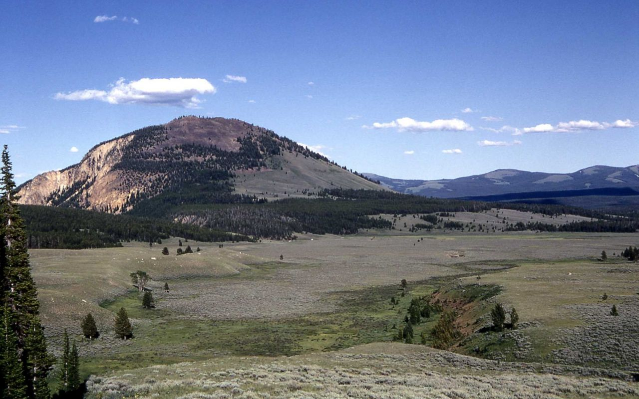 Looking down glacial channel to Swan Lake Flat & Bunsen Peak - Geology - Glacial Photo