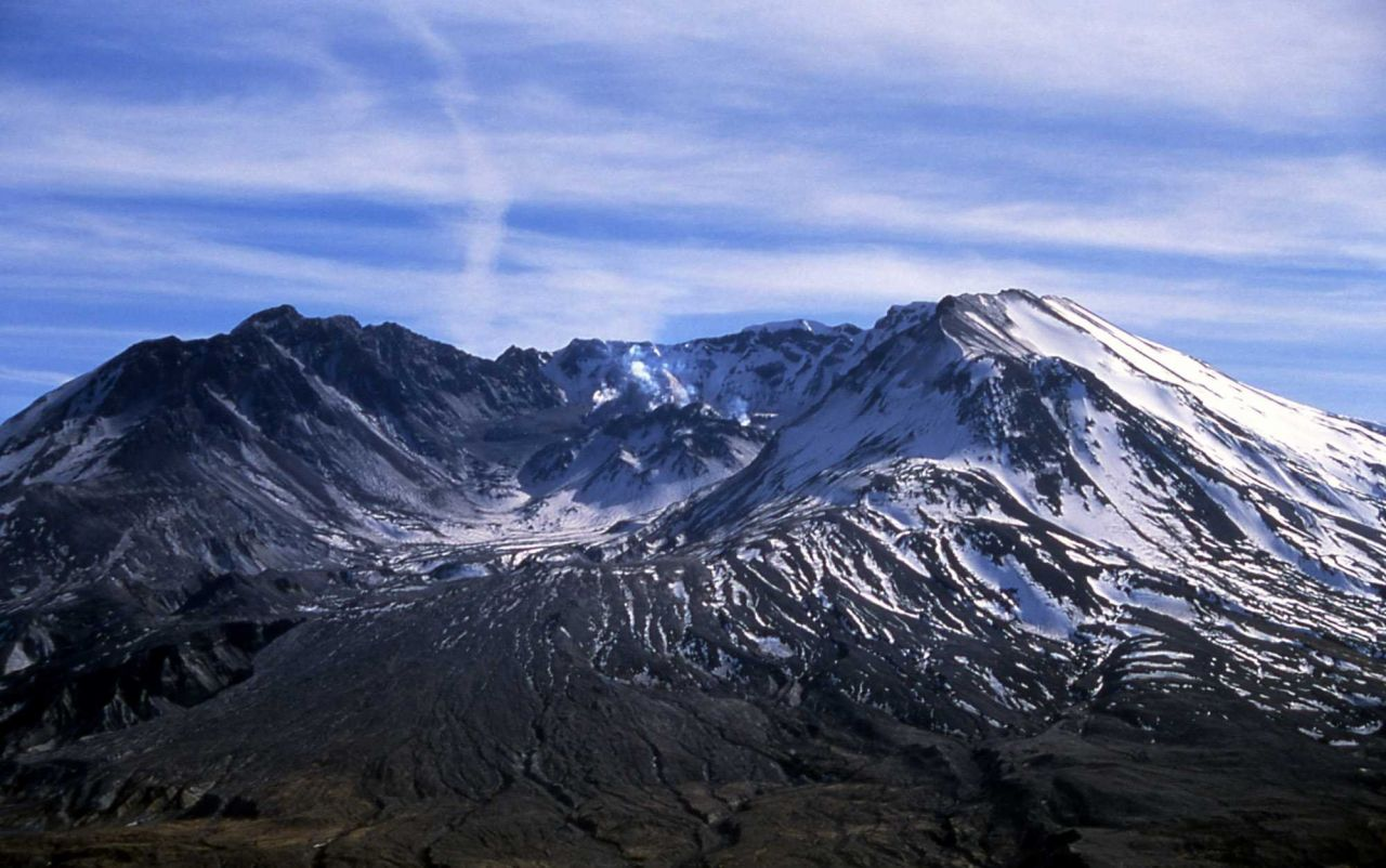 New dome of Mt St Helens as seen from Johnston ridge Observatory Photo