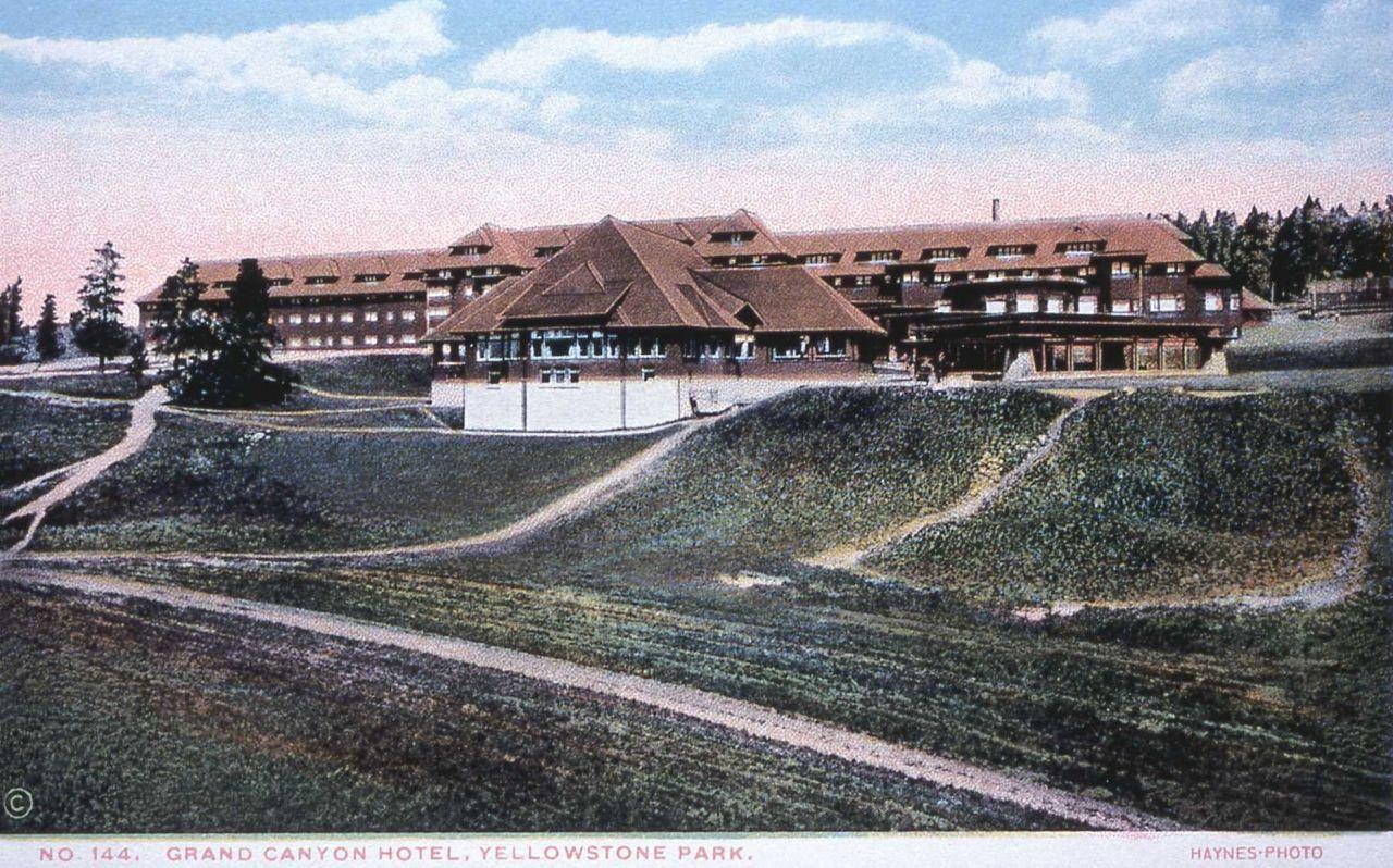 Postcard -144 - Grand Canyon Hotel Photo