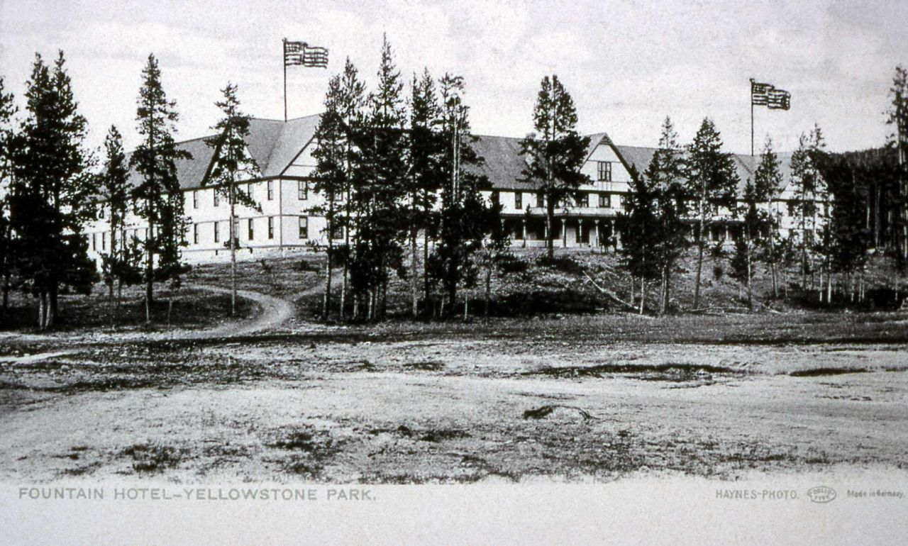 Postcard of the Fountain Hotel Photo