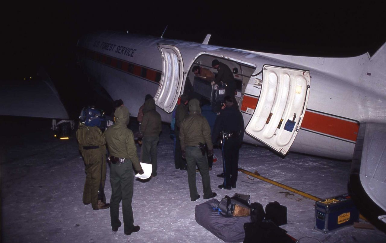 USFS plane at Bozeman airport with first shipment of wolves in 1996 Photo