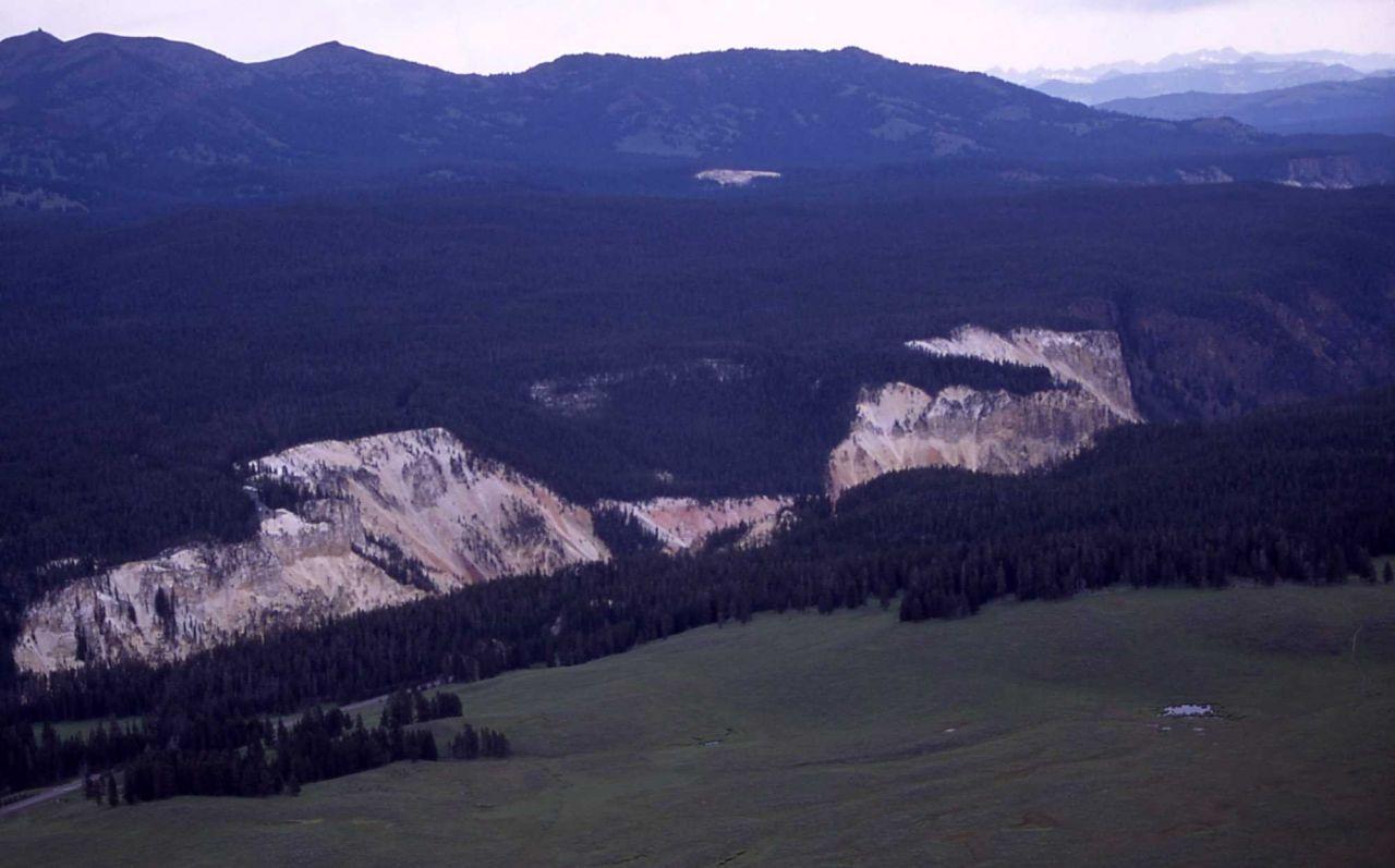 Washburn Range & Canyon area Photo