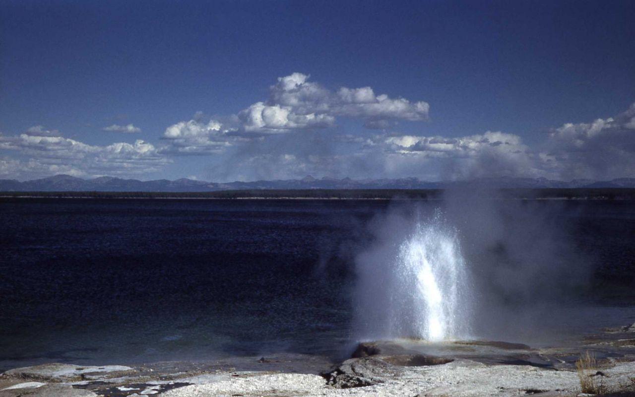 Lakeshore Geyser - West Thumb Geyser Basin Photo