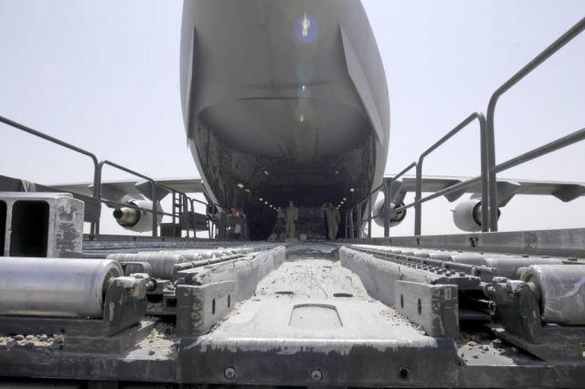 C-17 Globemaster III - Cargo movement Picture