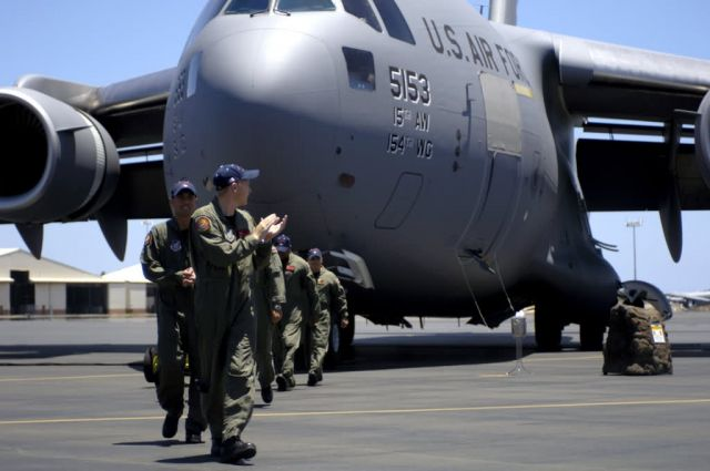 Hickam Air Force Base - Hickam AFB welcomes its final C-17 Picture