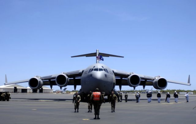 15th Airlift Wing - Hickam AFB welcomes its final C-17 Picture
