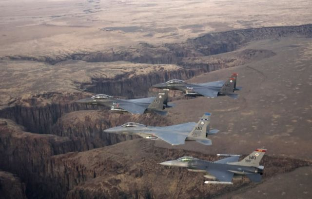 Four-ship formation - Flying over Idaho Picture