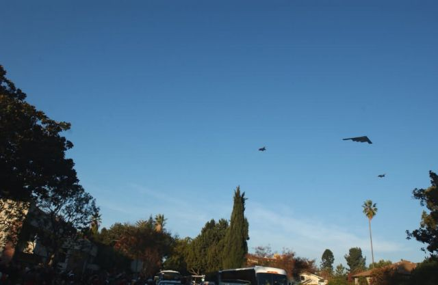 A B-2 Spirit and two F-22 Raptors - 118th Rose Parade kicks off with a silent 'boom' Picture
