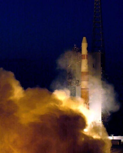 Delta IV rocket - Delta IV launch successful Picture