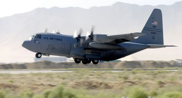 C-130 Hercules - Hecules lifts off Picture
