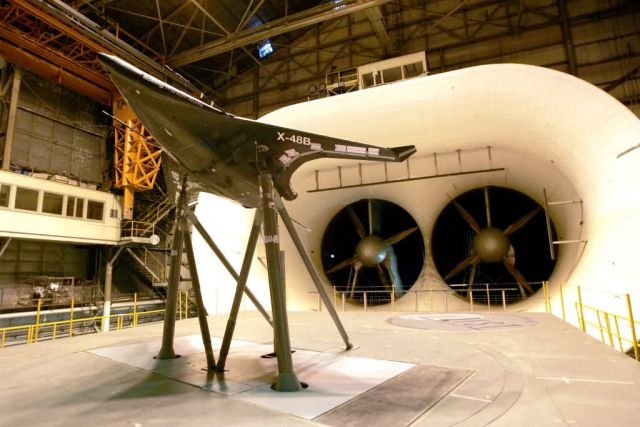 X-48B - Research lab tests fuel-efficient, flying-wing aircraft Picture