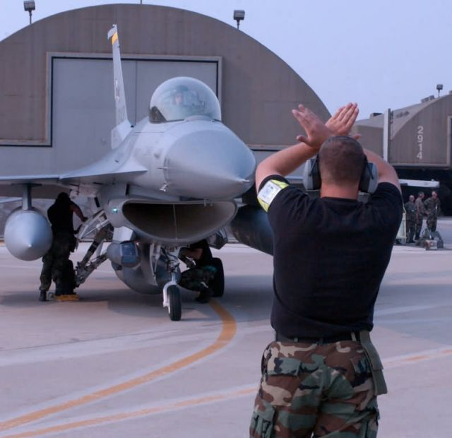 F-16 Fighting Falcon - Three F-16 wings deploy to Korea Picture