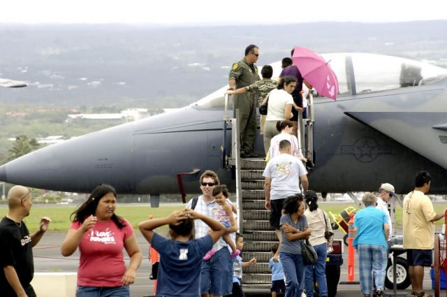 F-15E Strike Eagle - Hawaii Air National Guard hosts open house Picture