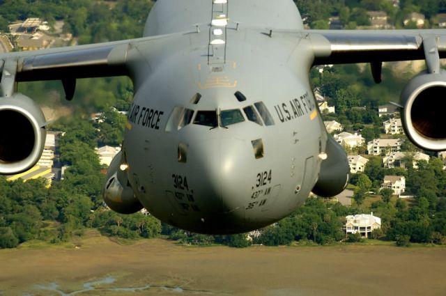 C-17 Globemaster III - C-17s over Charleston Picture