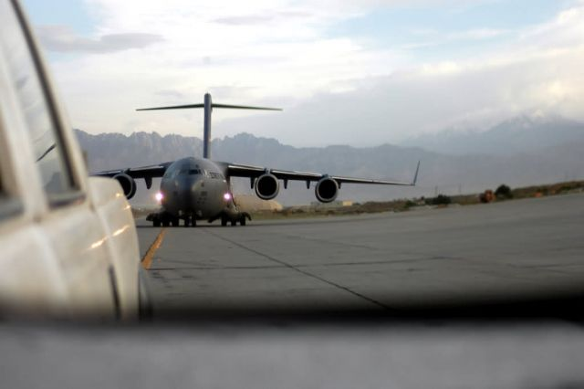 C-17 Globemaster III - Transient alert provides Bagram its staying power Picture