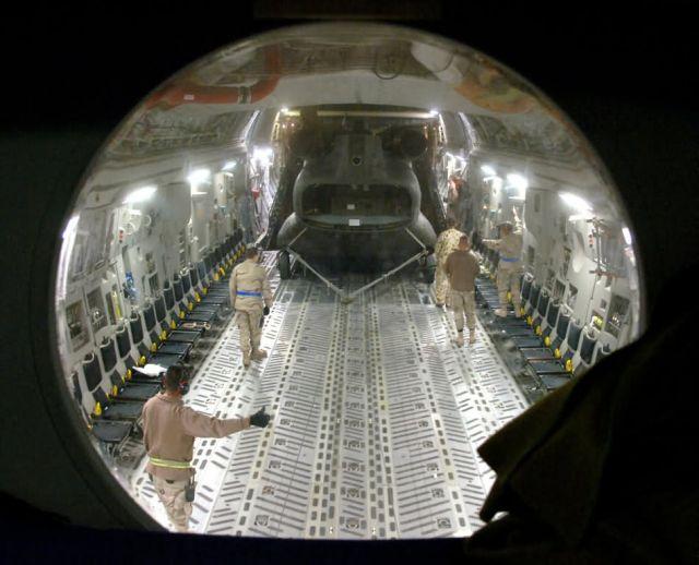 C-17 - C-17 cargo load Picture