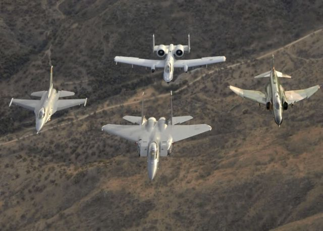 F-16 Fighting Falcon - Heritage flight Picture