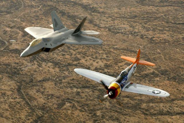 P-47 Thunderbolt - Heritage flight Picture