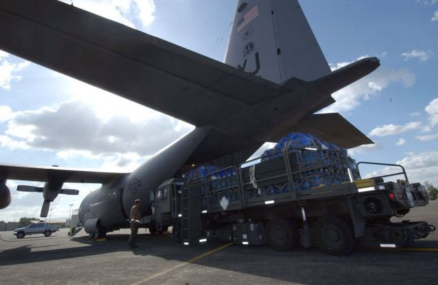 C-130 Hercules - Philippine humanitarian relief Picture