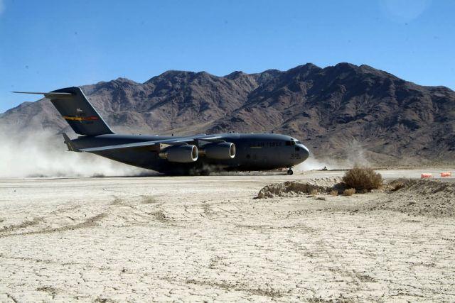 C-17 Globemaster III - Landed Picture