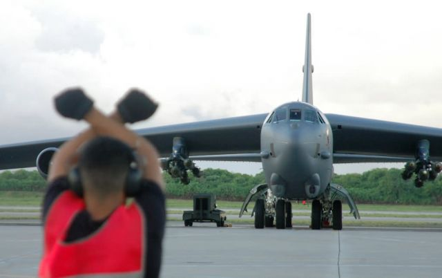 B-52 - B-52 launch Picture