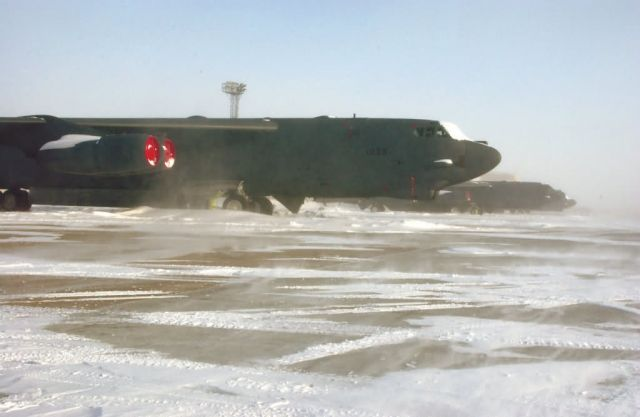 B-52H - Cold-weather mission Picture