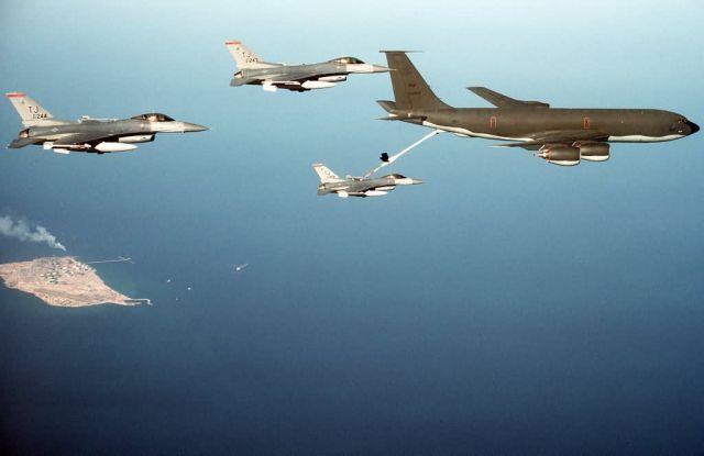 KC-135R - KC-135R Stratotanker Picture
