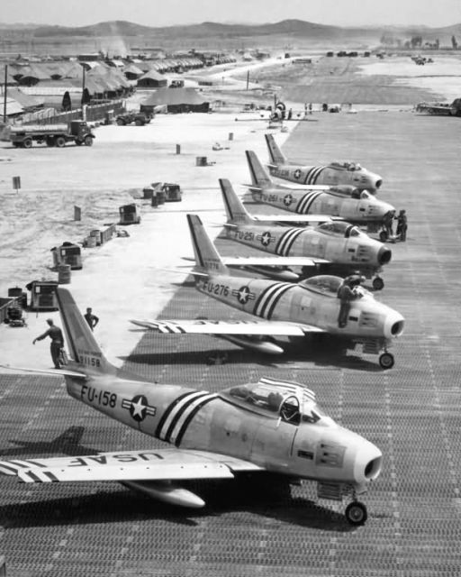F-86 - F-86 airplanes on the flight line Picture