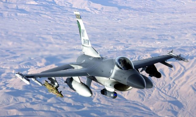 F-16 Fighting Falcon - Hello from the New York Picture