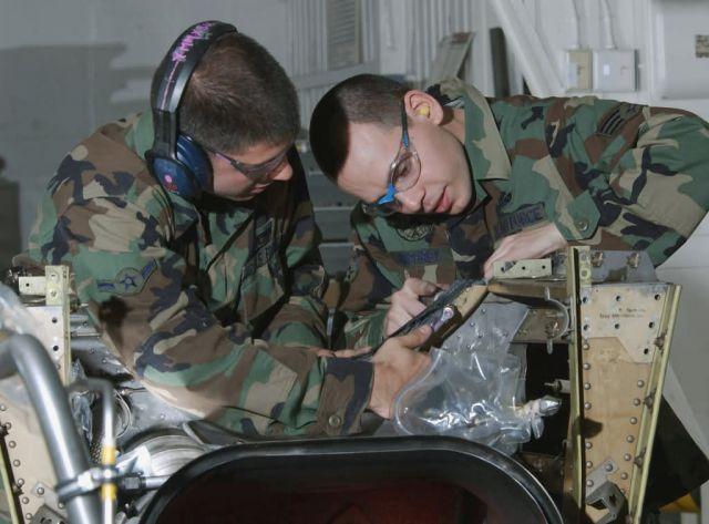 C-130 Hercules - Routine maintenance Picture