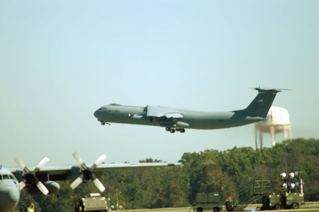 C-141 Starlifter - The end of an era Picture