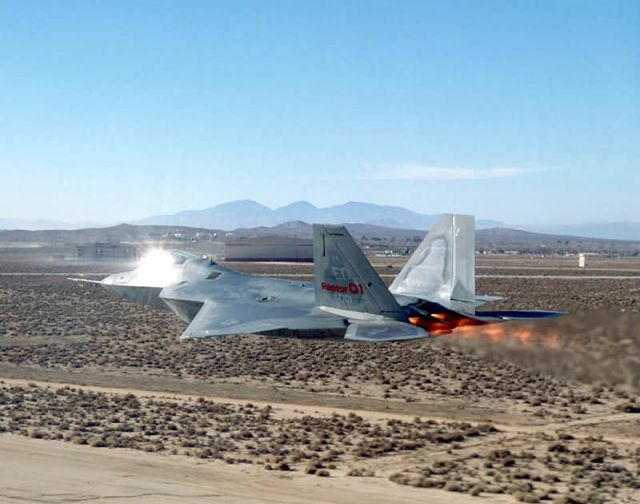 F/A-22 - Engage afterburner Picture