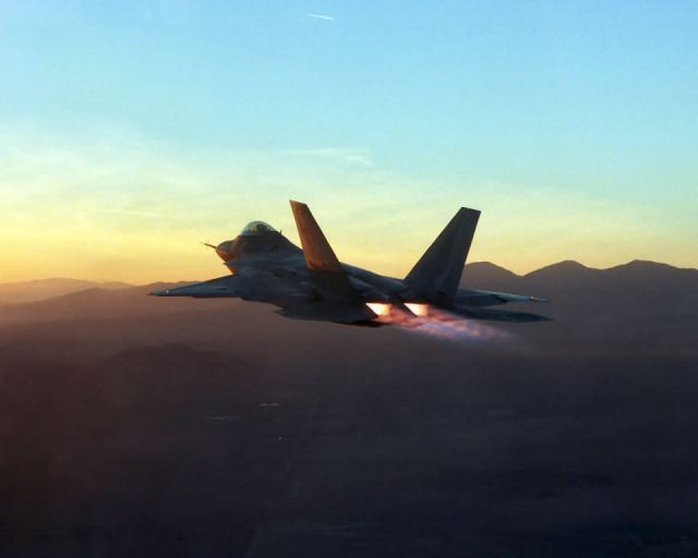 F/A-22 Raptor - Afterburners Picture