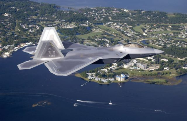 F/A-22 Raptor - Cruising over Florida Picture