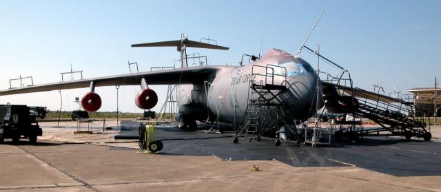 C-141 Starlifter - Simulated chemical attack Picture